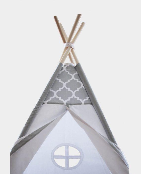 Tipi Huyana