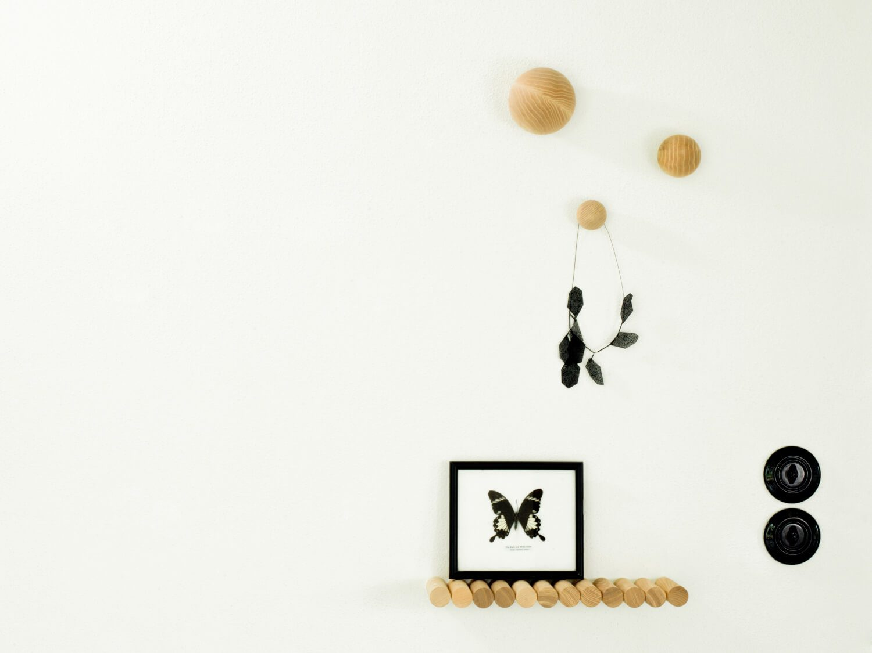 wandhaken balls. Black Bedroom Furniture Sets. Home Design Ideas
