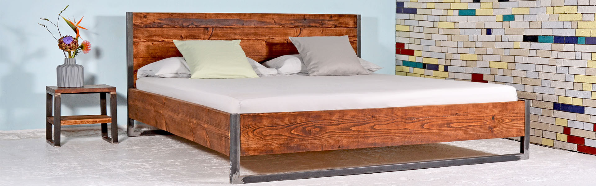 bett industrial design. Black Bedroom Furniture Sets. Home Design Ideas